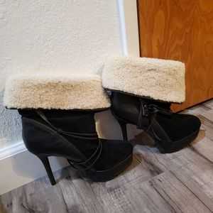 Koolaburra by ugg ankle boots
